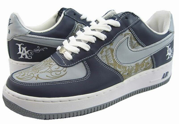 super popular c34f5 5aede hot sale Mr. Cartoon x Nike Air Force 1 Low 2005