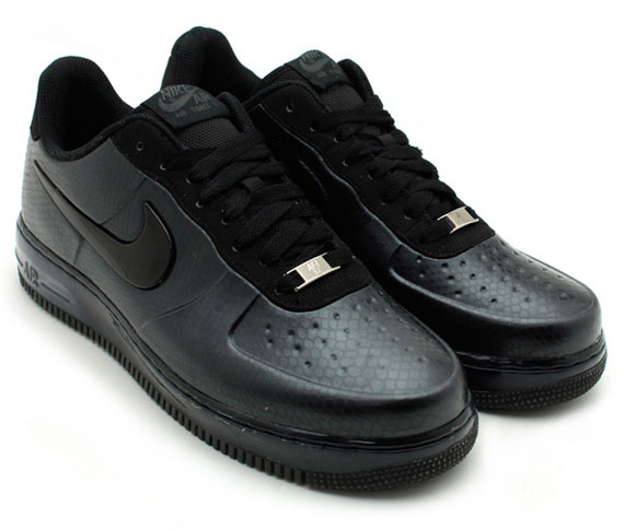 all black low top air force ones