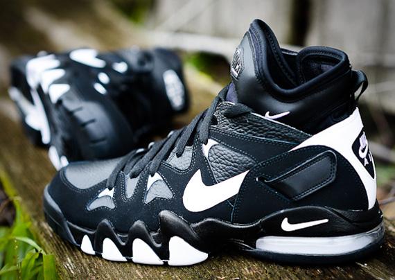 b14a1cdd3f76 Nike Air Strong 2 Mid