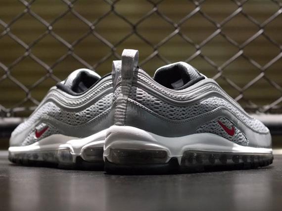 2012 Nike Air Max Silver
