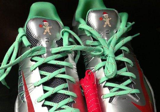 "Nike Hyperdunk 2012 Low ""Christmas"""