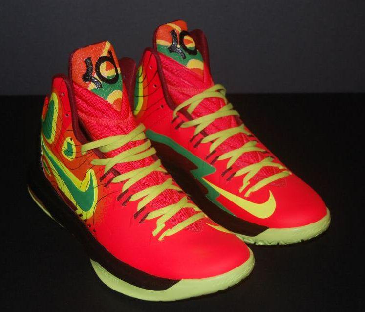 62e1c8b655f2 Nike KD V