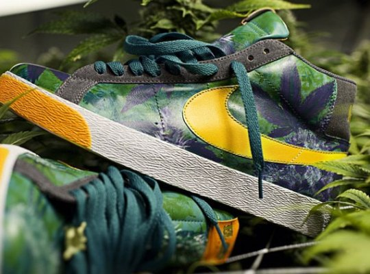 "Nike SB Blazer ""Marihuana"" Customs by El Cappy"