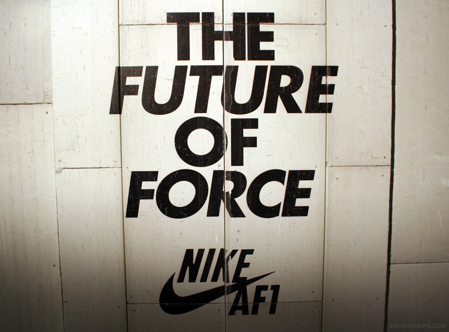 logo nike air force 1