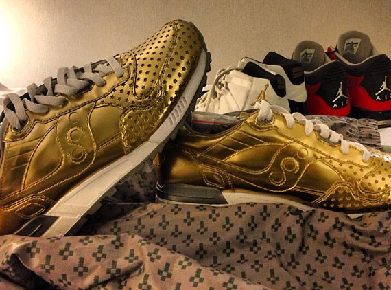 all gold saucony