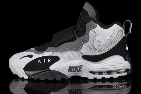"Nike Air Max Speed Turf ""Raiders"" - Available - SneakerNews.com"