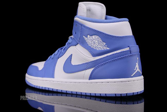 Air Jordan 1 Mid Quot Unc Quot Available Sneakernews Com