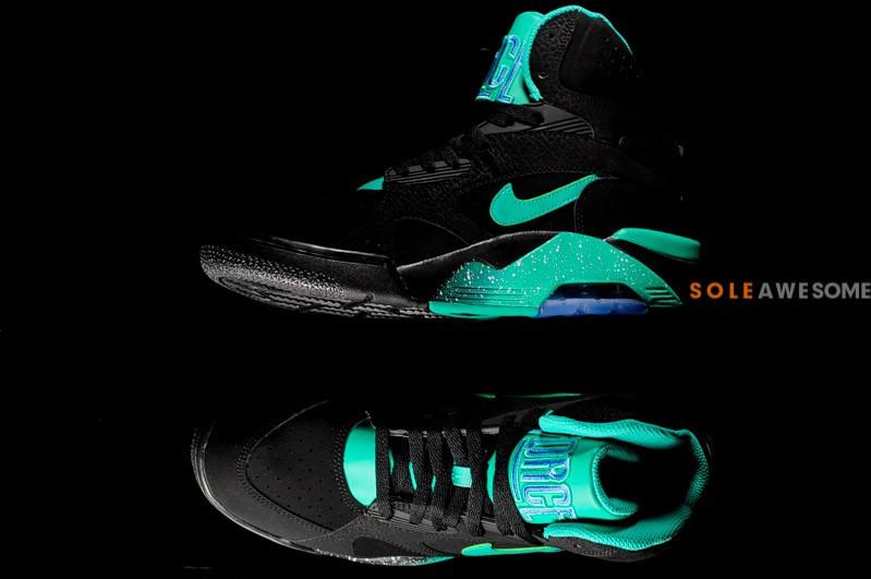 Nike Air Force 180 Mid Black/Atomic Teal-Violet Force 537330-040 02/2013.  Photos: soleawesome