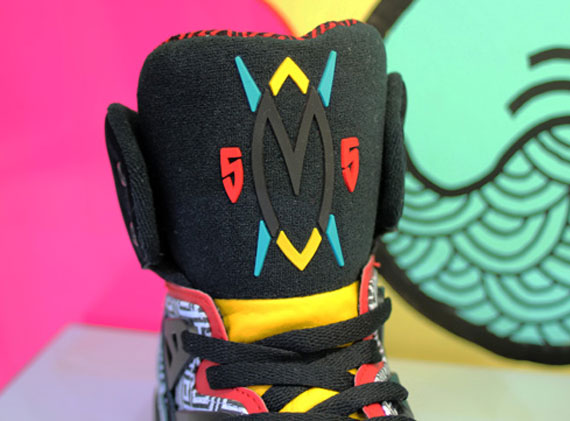 As hinted at throughout last year, the adidas Mutombo is indeed coming back in 2013. The Dikembe Mutombo signature sneaker is currently on deck as a