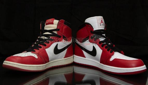 227ac9bcecb Air Jordan 1 High Retro