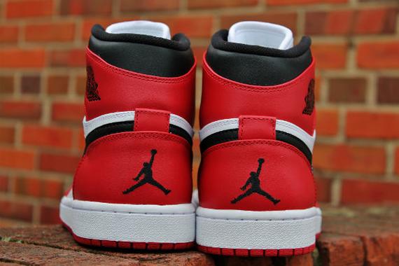 online retailer 48932 777eb Air Jordan 1 High