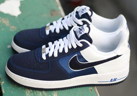 half off f5eb3 ac8c0 Nike Air Force 1 Low