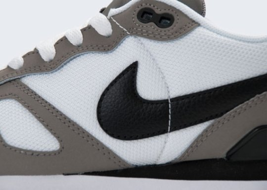 Nike Air Waffle Trainer – Sport Grey – White – Black