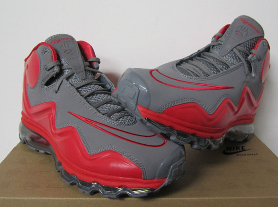 newest collection 4061f ef96f Nike Air Max Flyposite – Cool Grey – Hyper Red
