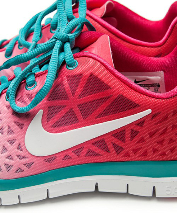 official photos c4ca0 1fbd2 Nike WMNS Free TR Fit 3