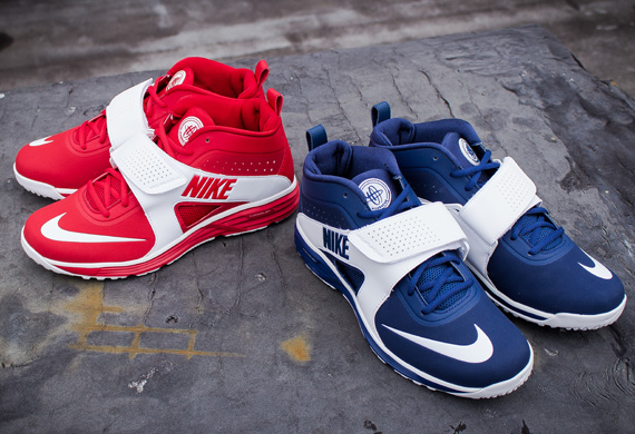innovación su Suavemente  Nike Huarache Turf LAX - Red & Navy - SneakerNews.com