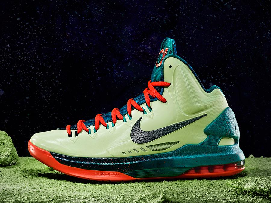 5bd10a69e0fe Nike KD V