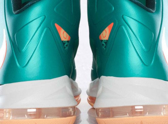 """Nike LeBron X """"Dolphins"""" – Arriving @ Euro Retailers"""