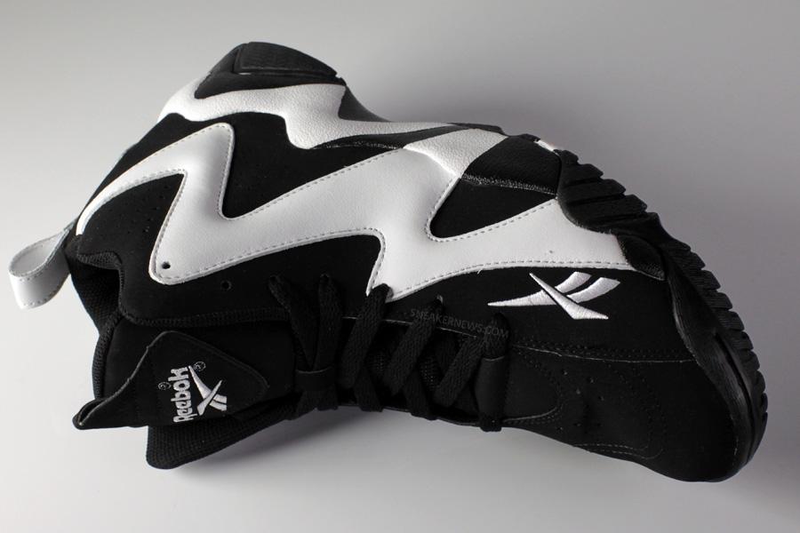 cf87031997d6 Reebok Kamikaze II OG - Black - White - SneakerNews.com