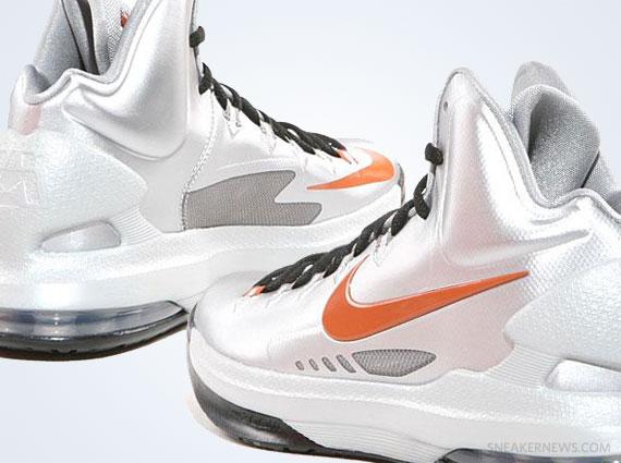 "buy online d7ecb 1d2a5 Nike KD V ""Texas"" – Release Date"