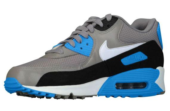 blue and gray air max