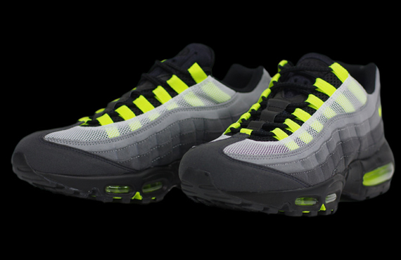info for 664e0 5f997 Nike Air Max 95 PROTOTYPE 554970-070 02 02 13. Advertisement