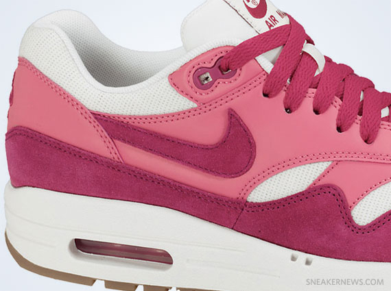 Nike WMNS Air Max 1 VNTG Sport Fuchsia Pink Force