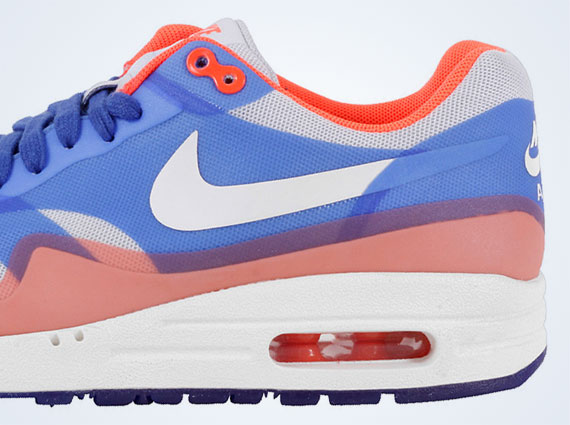 Available: Nike WMNS Air Max 1 Hyperfuse