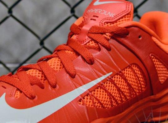 Nike Hyperdunk 2012 Low – University Red – Bright Crimson