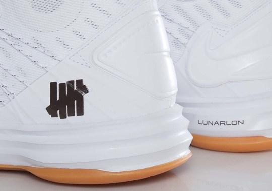 "Nike Hyperdunk UNDFTD SP ""Bring Back"""