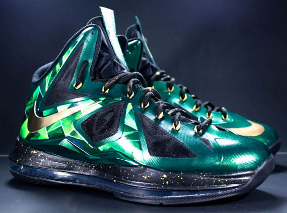 "quality design 12a5b 8958b Nike LeBron X ""Emerald"" Customs by Diversitile"