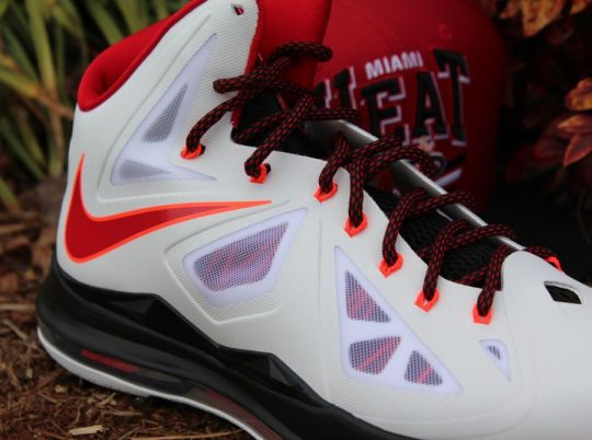 """Nike LeBron X """"Home"""" – Arriving at Retailers"""
