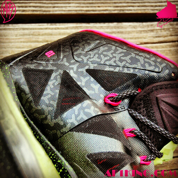 chaussures de sport ad982 8f073 Nike LeBron X