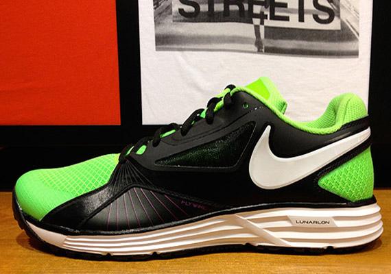 low priced 8c0ea 36c7e Nike Lunar Edge 15