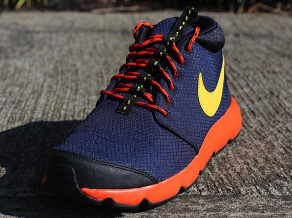 pretty nice e1428 b0069 Nike Rosherun Trail - Obsidian - Vivid Sulfur - Team Orange -  SneakerNews.com