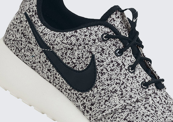 nike chaussures gratuites - Nike WMNS Roshe Run - Black - Sail - Speckle - SneakerNews.com