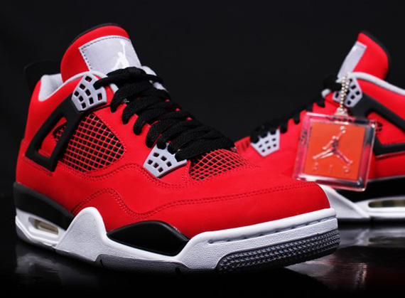 Air Jordan 4 Fire Red Nubuck