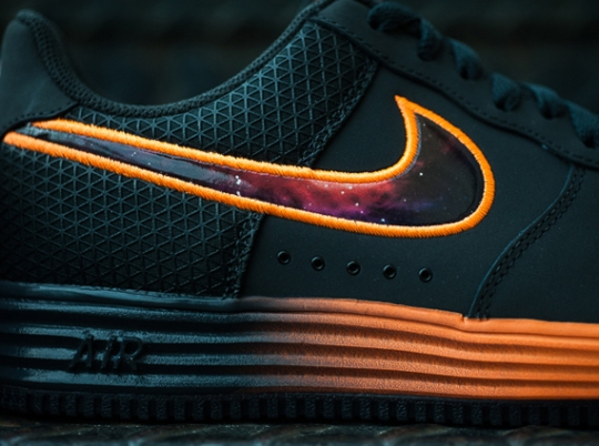 """Nike Lunar Force 1 """"Galaxy/LeBron"""" – Arriving at Retailers"""