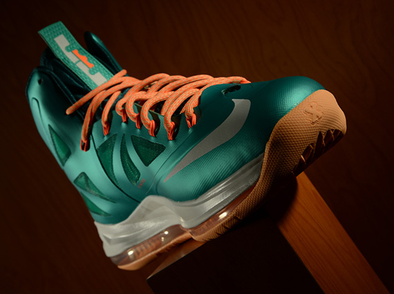 "finest selection 518c3 9050c Nike LeBron X ""Dolphins Setting"" Atomic Teal-Sail-Dark Atomic Teal-Total  Orange-Melon Tint 541100-302 03 09 13"