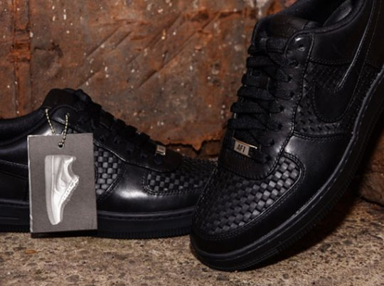 Nike Air Force 1 Downtown LTH Woven QS – Available