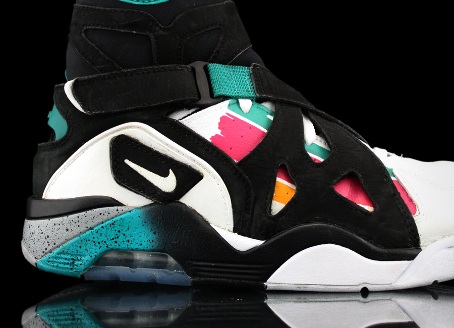 wholesale dealer 76bfd b69ee Nike Air Unlimited - Sole Swap