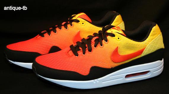 huge discount 35def 032ec Nike Air Max 1 EM