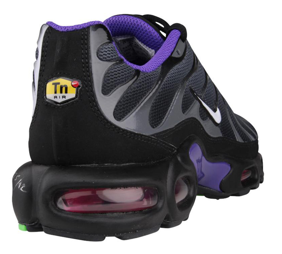 new product 9cd54 82be9 Nike Air Max Plus - Black - Pure Purple - SneakerNews.com