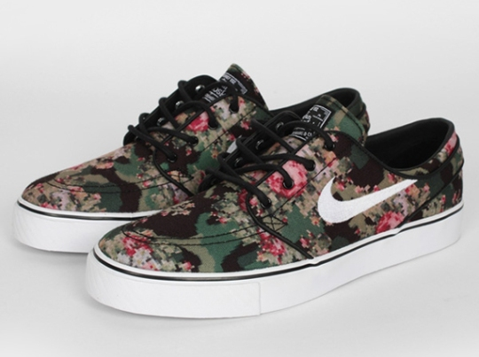 "Nike Janoski ""Floral Digi-Camo"""