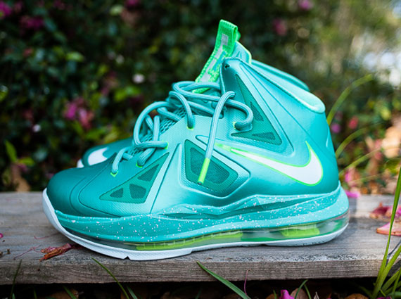 Easter Lebron 11 High Nike LeBron X Low  Easter