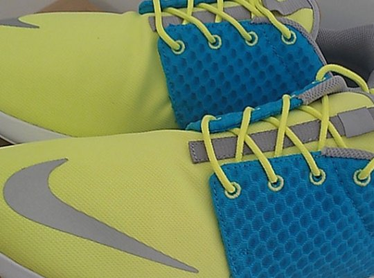Nike Rosherun FB – Current Blue – Hot Lime – Chrome