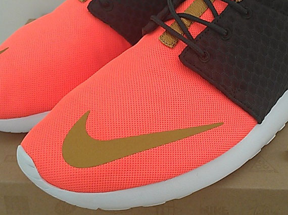 customize nike roshe run fb sequoia