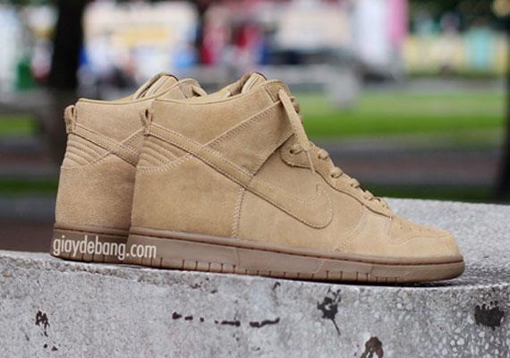 A.P.C. x Nike Dunk High - Beige - SneakerNews.com 70dc4d3c7ebd