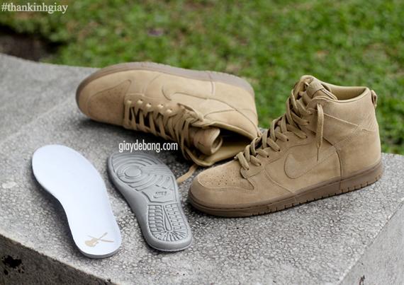 A P C X Nike Dunk High Beige Sneakernews Com