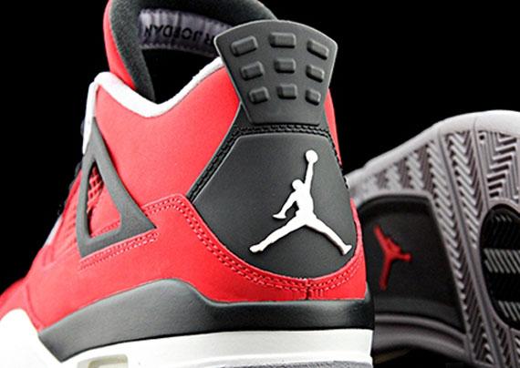 Air Jordan 4 - Fire Red - White - Black - Cement Grey
